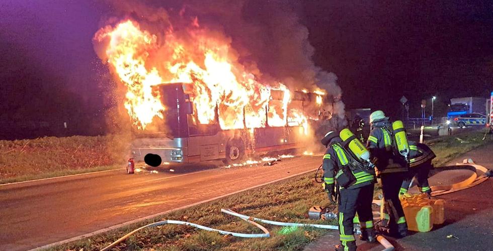 Otobüsü alevler sardı
