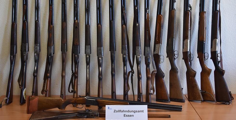 18 tüfek ele geçirildi