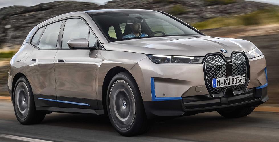 BMW Mobilitenin Geleceğine Giden YoluBMW iX ile Aydınlatıyor