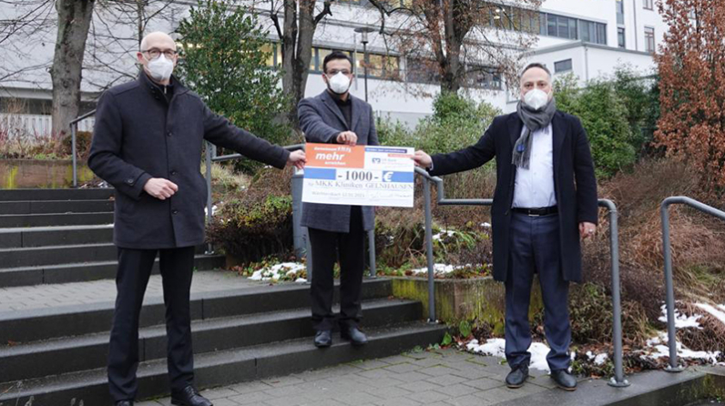 Wächtersbach Camii'nden Gelnhausen Hastanesine para yardımı