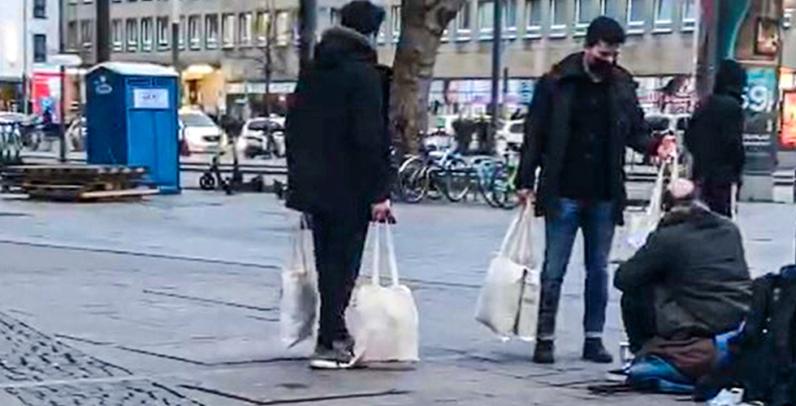 """DİTİB'den """"Soğuk Bir Günde, Sıcak Bir Yardım"""" kampanyası"""